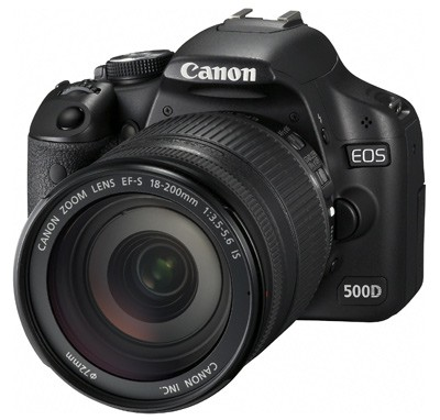 Canon EOS 500D + 18-200MM IS