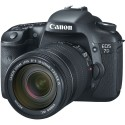 Canon EOS 7D Body + 18-135MM IS